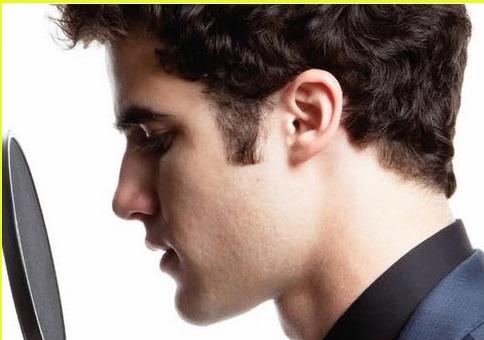 Darren-Criss-darren-criss-18910191-1222-1001-2.jpg