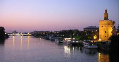 vista sevilla torredel oro グァダルキビル河畔 黄金の塔 2