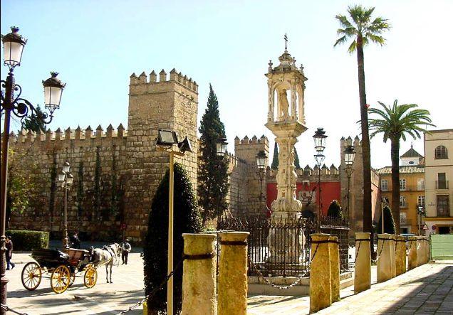 セビーリャの町は他の西欧諸国と違いどこかエキゾチック